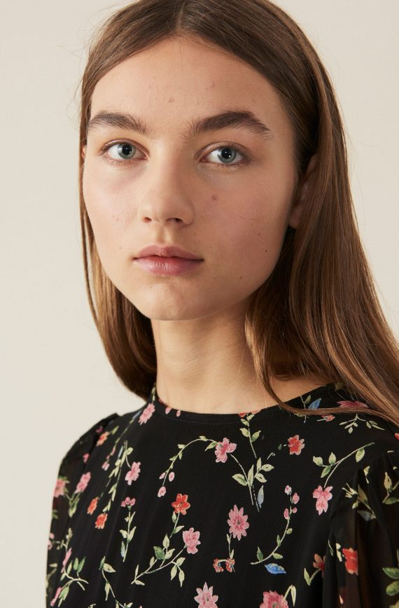ganni-printed-georgette-kjole