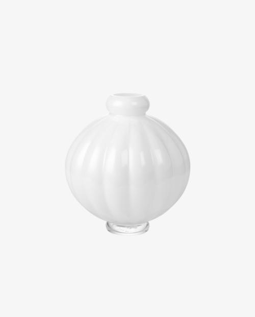 louise-roe-balloon-vase-01-white-h25cm