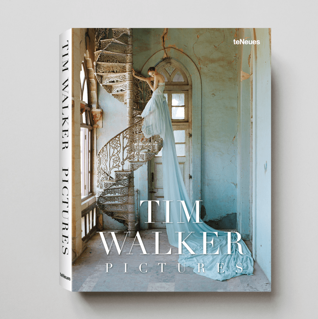 TIM WALKER PICTURES, SMALL FORMAT EDITION