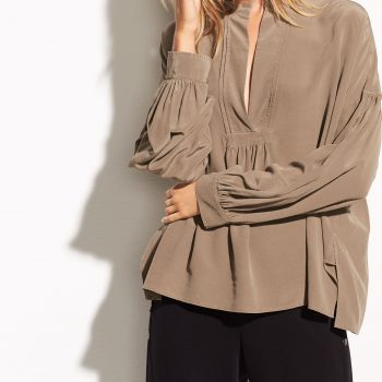 VINCE Shirred silk blouse JAVA