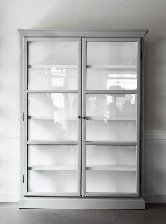 Lindebjerg V2 Dobbelt vitrineskap med glassdører 150x210 cm